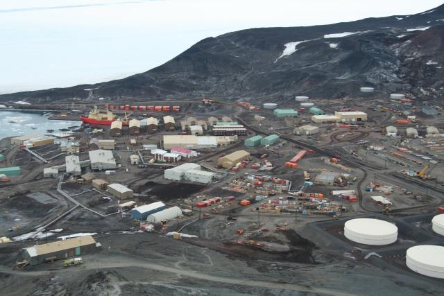 McMurdo Station (2007)