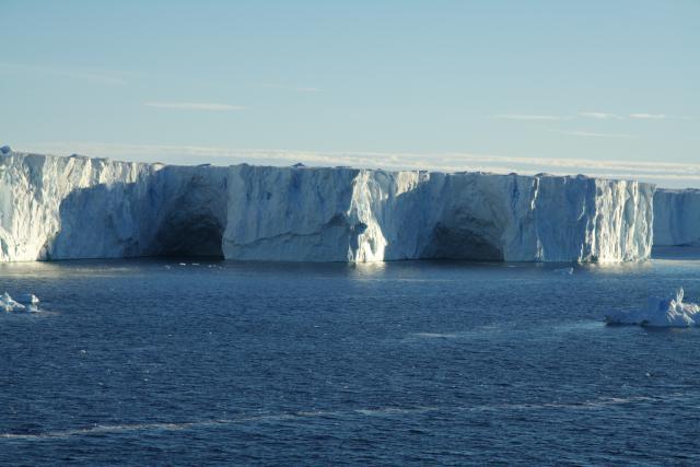 Pine Island Ice Shelf (2009)